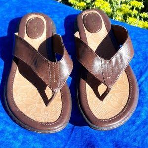 b o c flip flops